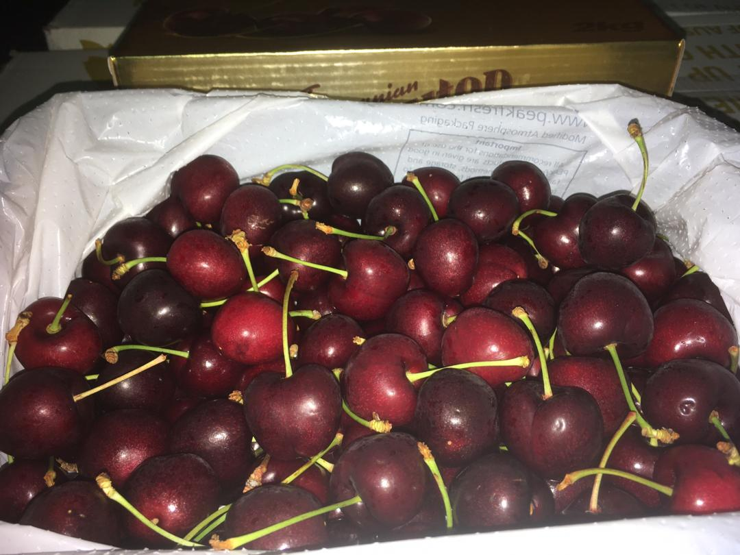 Premium Tasmanian Cherries (28mm-30mm)